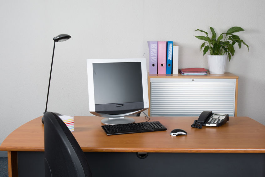 Why Keeping a Clean Desk is a Good Idea